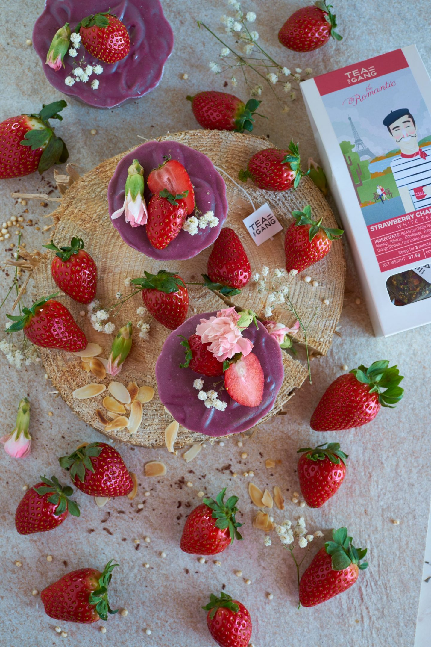 Strawberry-Champagner Raw Törtchen